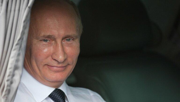 'Covid-19 ir izgudrots Latvijā' – kādēļ Krievijas propaganda ko tādu apgalvo?