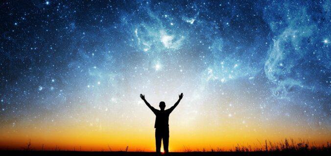Ar kādiem paņēmieniem horoskopi mūs apmuļķo